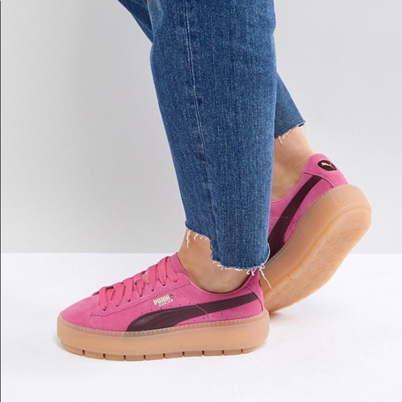 the best attitude 888f5 3eac1 HP✨NEW Puma women Platform Trace Block Pink suede